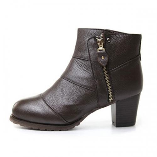 粗跟矮腰靴6cm棕色